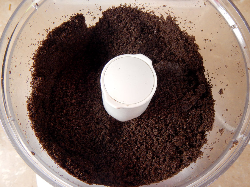 "Oreo cookie ""dirt"" in a food processor"