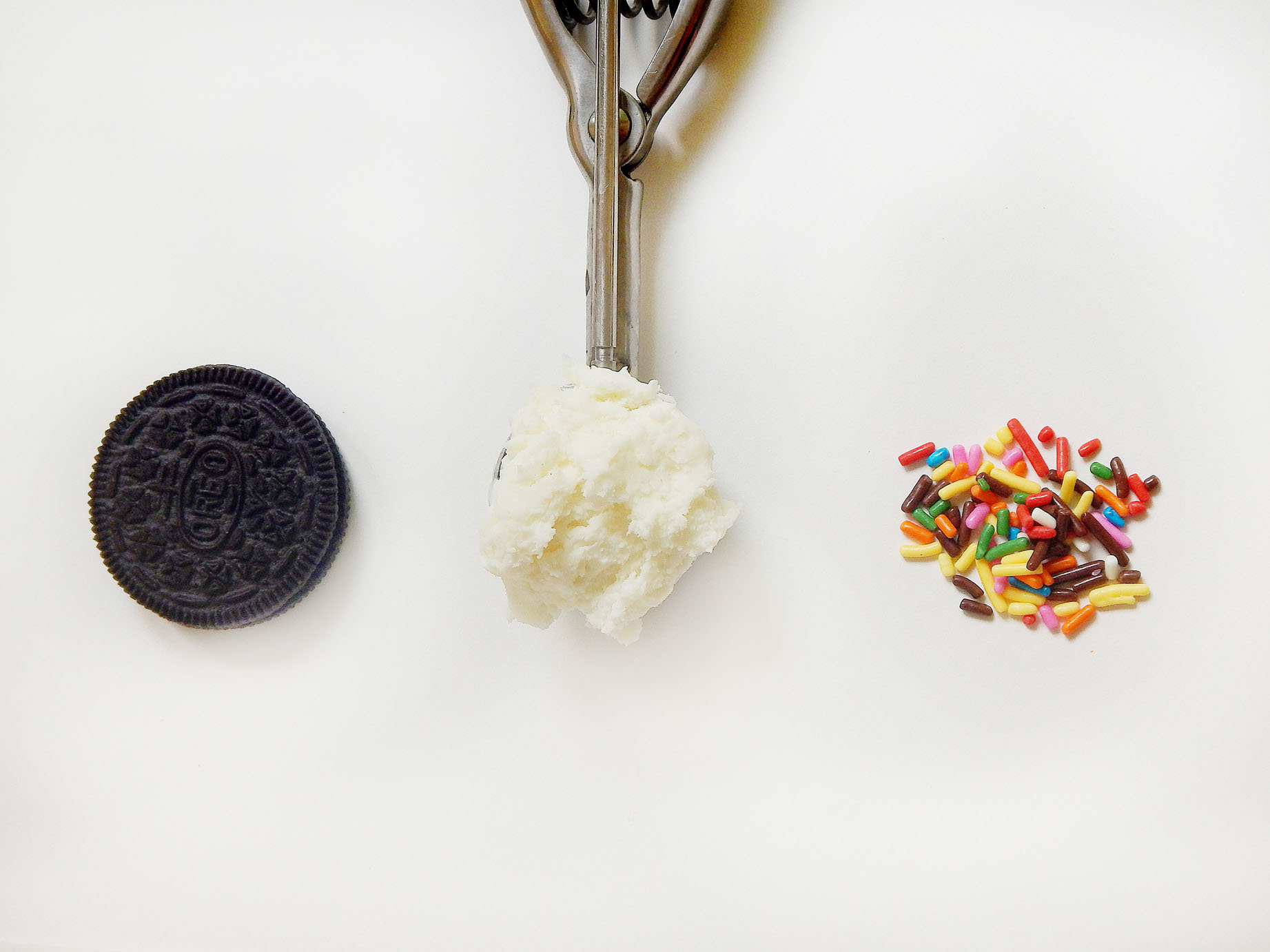 Oreo Cookie, Mini Ice Cream Scoop, Sprinkles