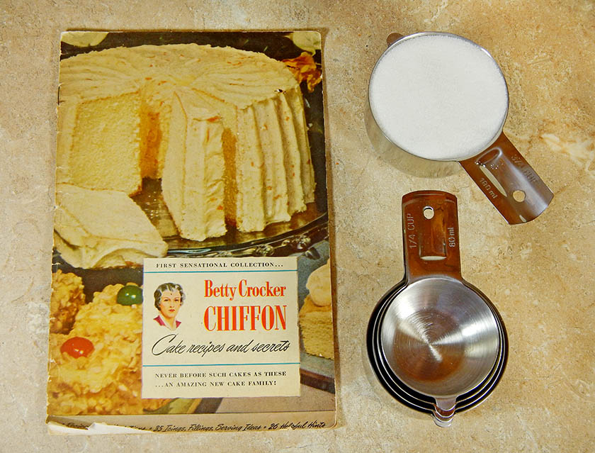 Betty Crocker Original Chiffon Cake Cookbook